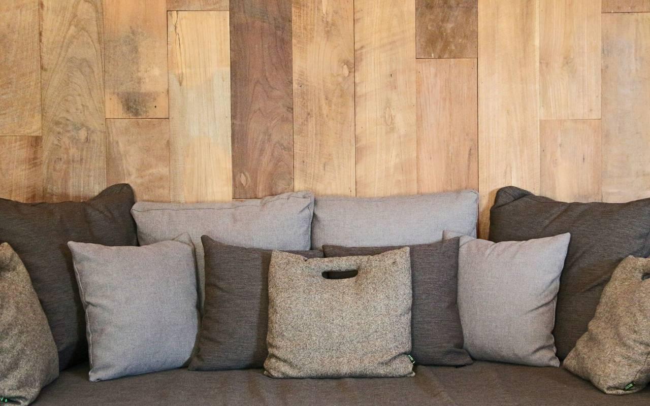 Canapé confortable hébergement insolite cote d or