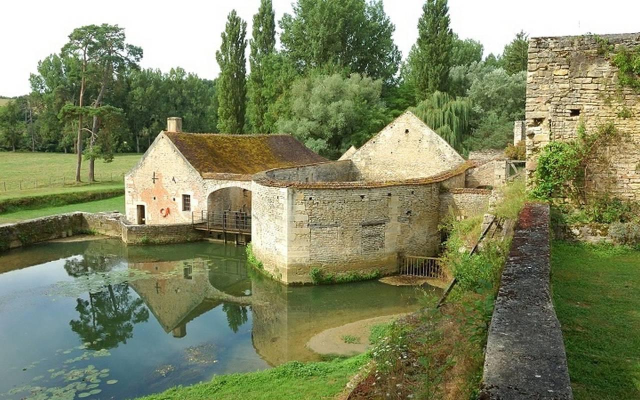 chateau a visiter en bourgogne
