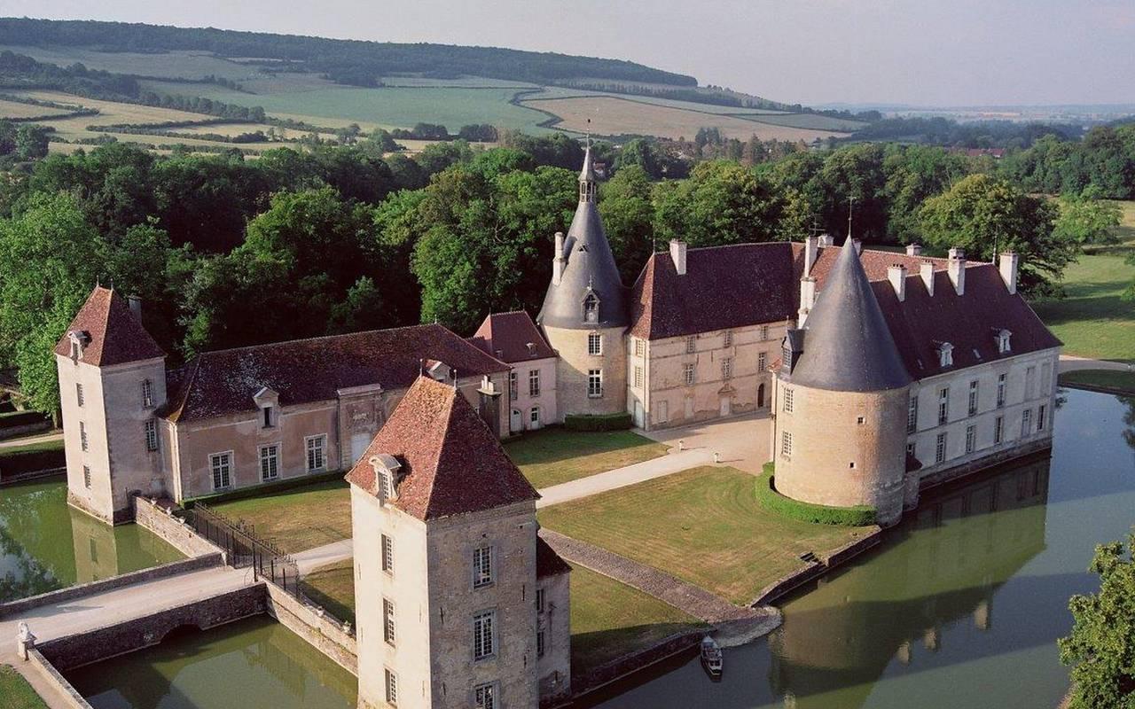 Château en Bourgogne week end en amoureux