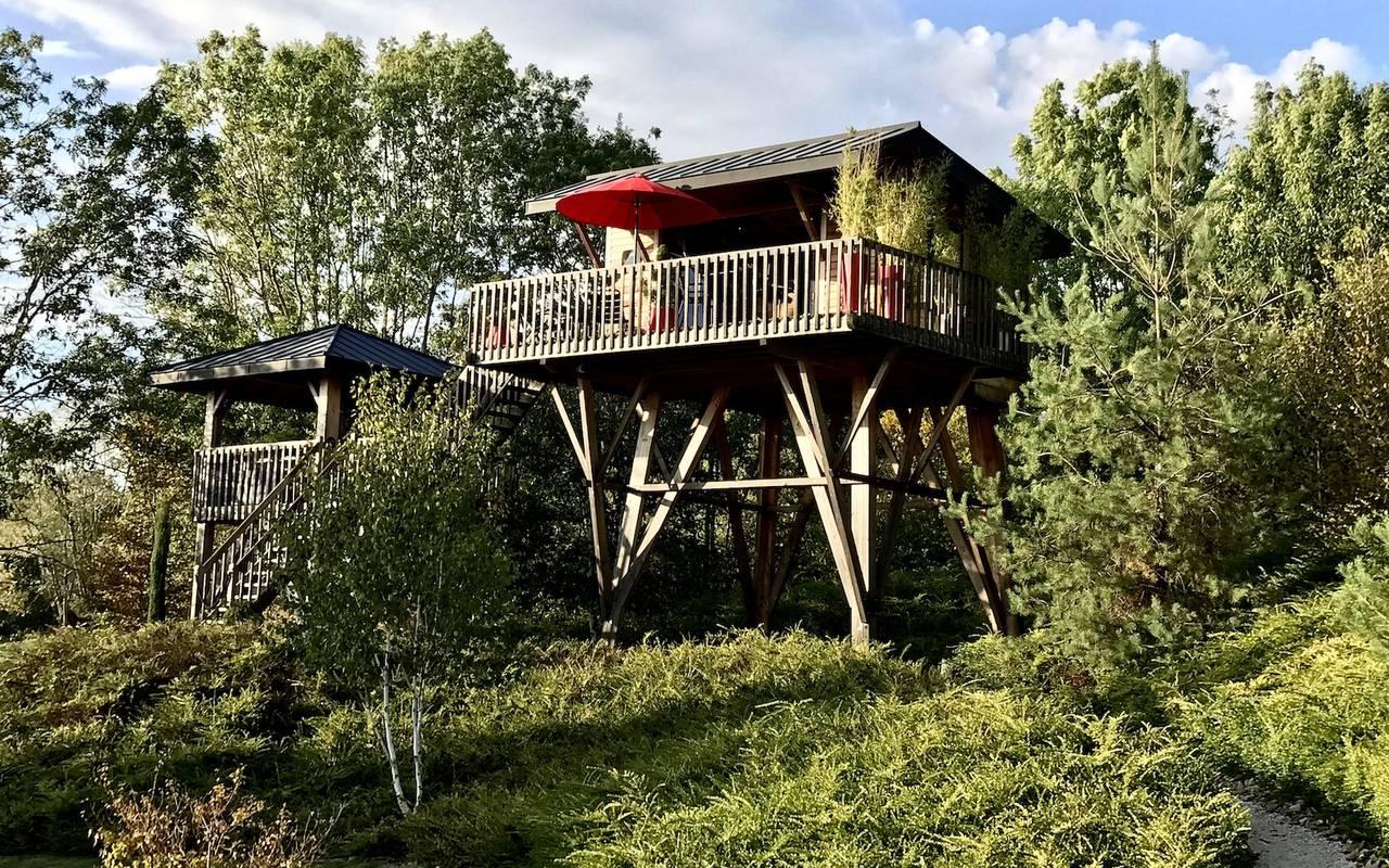 Cabane dans les bois hebergement insolite cote d or